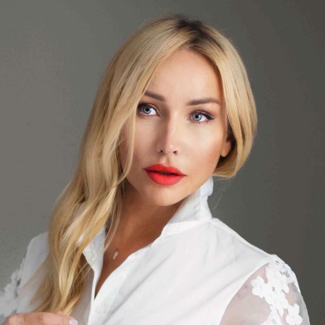 Elena Rusaleva LASH TRAINER